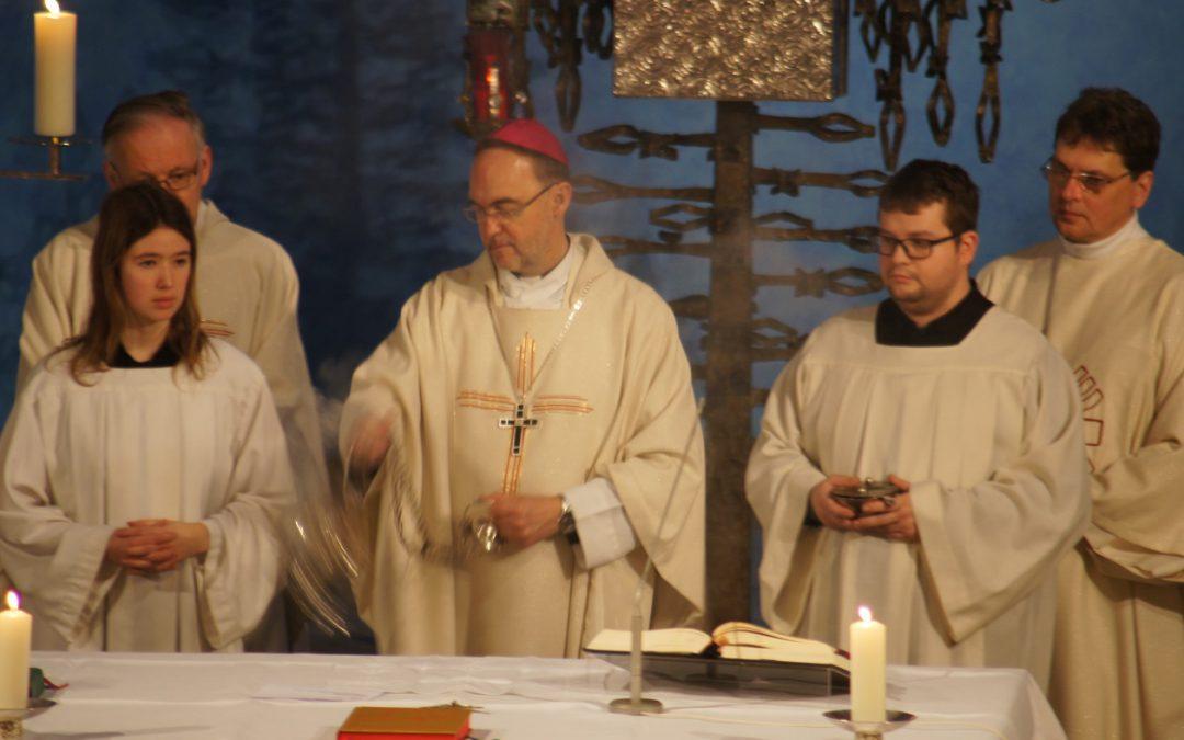 Fröhlich, bunt und feierlich: Abschlussgottesdienst zum Jubiläumsjahr 100 Jahre St.Marien